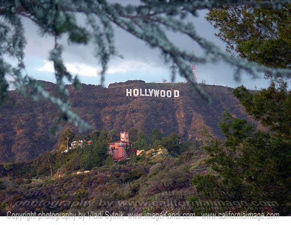 hollywoodsignandcastillodellago1.jpg